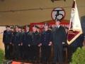 Die Dorn-Assenheimer Feuerwehr marschiert auf die Bühne.