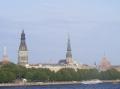 ... jenseits der Düna auf die Altstadt.