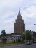 Genau, aus Moskau, Warschau ...